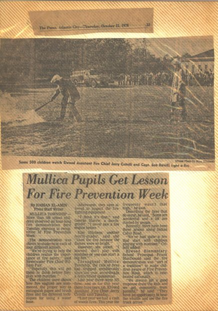 Mullica Pupils Get Lesson For Fire Prevention Week Oct 12th 1978